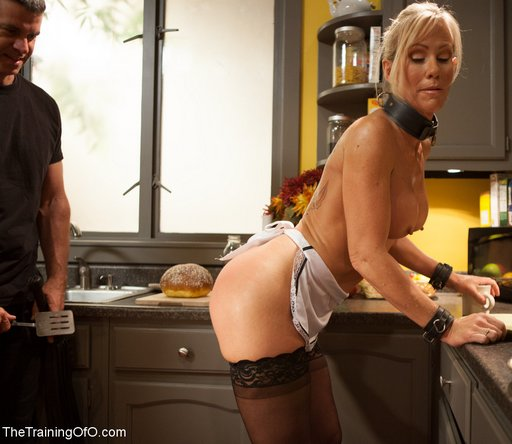Lady boss fucked maid 10